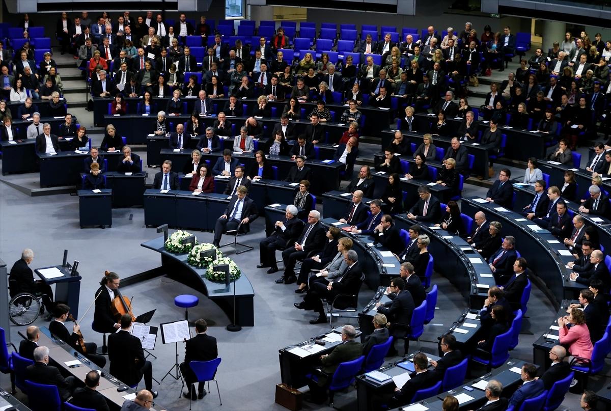 Federal Almanya Meclisinde Nazi Kurbanları Anıldı