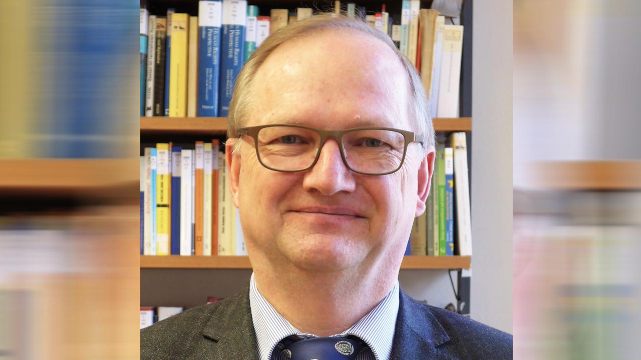 ''İmamların Eğitimi ve Finansamanı Dinî Cemaatlerin Meselesi''