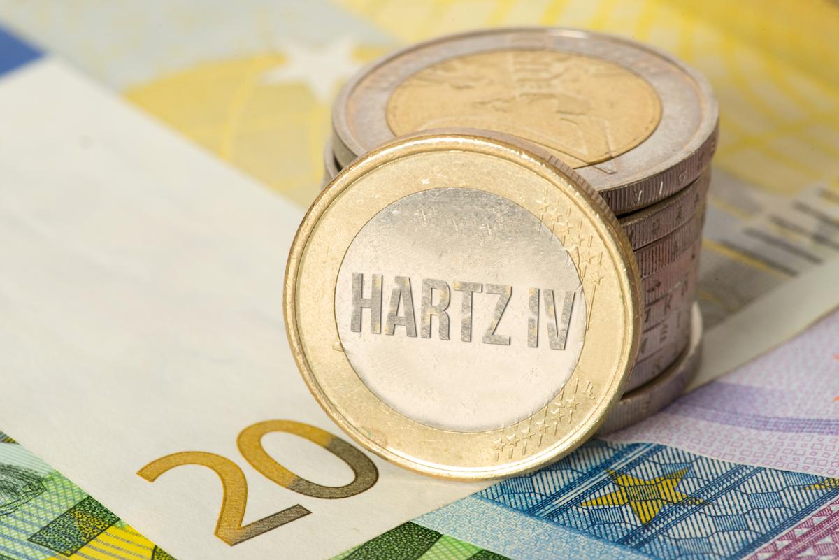"""Almanya'da """"Hartz IV"""" İçin Anayasa Mahkemesi'nden Emsal Karar"""