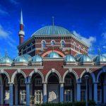 Anlaşmazlıklardan Diyaloğa: Cami İnşa Süreci