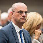 Fransa Eğitim Bakanı Blanquer: Başörtünün Yasaklamasını Teşvik Edebiliriz