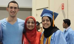 ABD'de Öldürülen Müslüman Kızların Babası Kongrede Konuştu