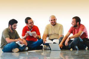 Avrupa'daki Genç Müslümanlar: İstekli, İlgili ve Radikaller mi?