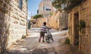 """Filistin: Çocuklara Yönelik  """"Vur ve Öldür"""" Politikası"""