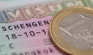 AB Ülkeleri Vize Ücretini 80 Avroya Çıkaracak