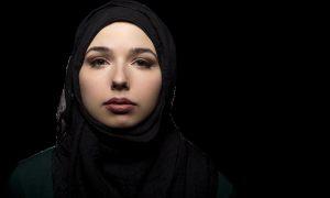 Fransa'da İki Milletvekilinden 18 Yaşından Küçüklere Başörtüsü Yasağı Önerisi