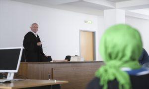 Almanya   Mahkeme Başörtülü Öğretmenin Başvurusunu Reddetti