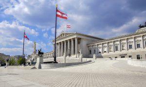 Çocuk Yardımında Kısıtlamaya Giden Avusturya'ya AB'den Tepki