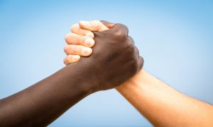 İsviçre | Siyahilere Yönelik Ayrımcılık Küçümseniyor