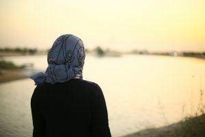 Kanada'da Başörtüsü Yasağı: İki Müslüman Öğretmen İşten Çıkarıldı