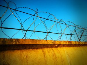 Belçika'da Dört Çocuklu Göçmen Aile Sınır Dışı Edilmek Üzere Hapsedildi