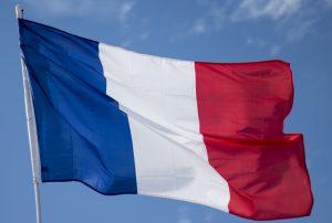 Fransa'da Müslüman Doktorun Muayenehanesine Irkçı Saldırı
