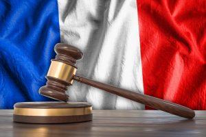 Fransa'da Mahkemeden Emsal Teşkil Edecek Başörtüsü Kararı
