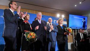 Hessen'de CDU Oy Kaybetti, Aşırı Sağ Meclise Girdi