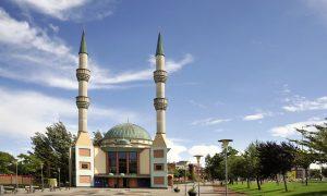 """Avrupa Ses Sahasında """"İslam'ın Sesi"""": Hollanda'da  Ezan"""