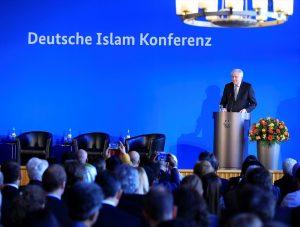 """Alman İslam Konferansı: """"Dışlama Yoluyla Çeşitlilik"""""""