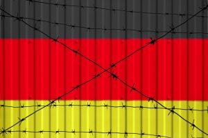 Almanya'da Her Üç Kişiden Biri Yabancı Düşmanı Tutumlara Sahip