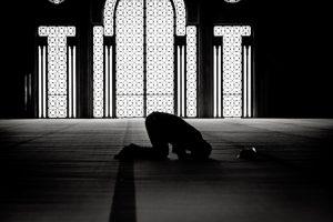 """""""Almanya'da Müslümanlar İçin Yaşam Daha da Zorlaştı"""""""