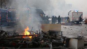 Fransa'da Şiddet Olaylarının Bilançosu: 2 Ölü 780 Yaralı