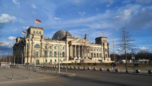 Almanya'dan AB Üyesi Olmayan Ülkelerden Nitelikli İşçi Alımı Kararı
