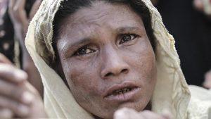 """""""Myanmar'ın Arakanlı Müslümanlara Saldırıları Acımasızdı"""""""