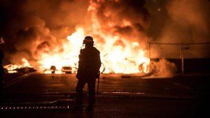 Fransa'daki Gösteriler Nedeniyle 43 Bin Kişi İşsiz Kaldı