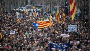 İspanya'da Bağımsızlık Yanlıları Yine Sokağa İndi