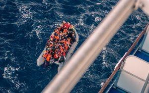 Akdeniz'de Kurtarılan 310 Düzensiz Göçmen İspanya'ya Ulaştı
