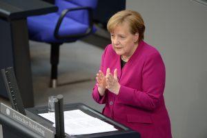 """Almanya Başbakanı Merkel: """"Irkçılık Zehirdir, Nefret Zehirdir"""""""