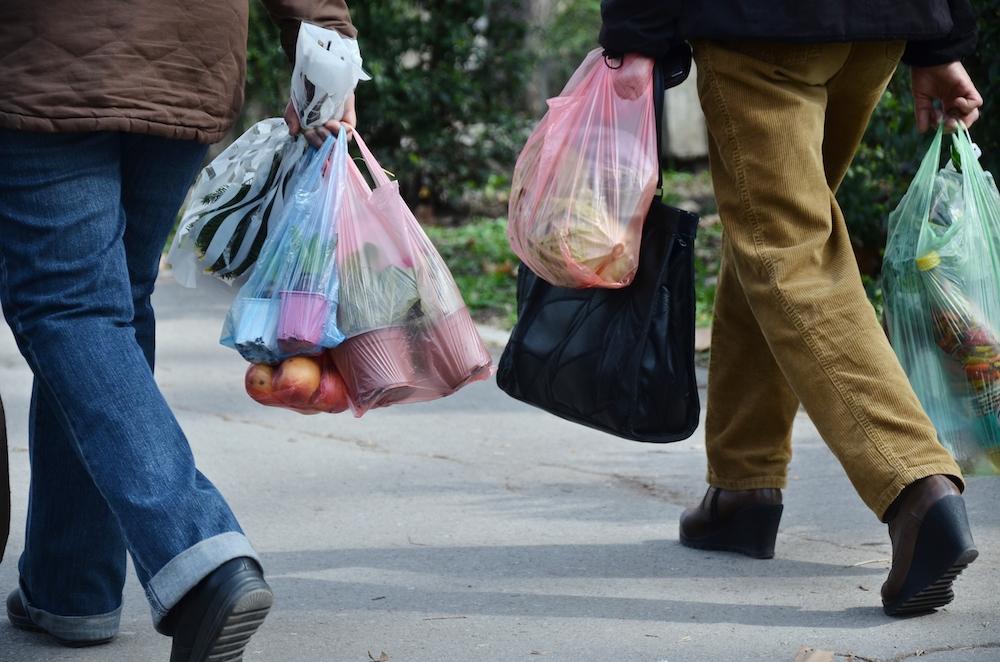 Almanya'da Paralı Olduktan Sonra Plastik Poşete İlgi Azaldı