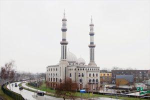 Hollanda'da Müslüman Siyasetçilerden Tüm Camilerin Korunması Talebi