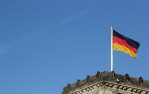 Almanya'da 3,4 Milyon Kişi Ek İşte Çalışarak Geçimini Sağlıyor