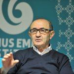 """""""Alman ya da Türk Olmayı Seçmek Zorunda Bırakılmak Ortaçağ Zihniyetinin Bir Yansıması"""""""