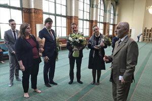 İsveç Meclis Başkanı Camiye Taziye Ziyaretinde Bulundu