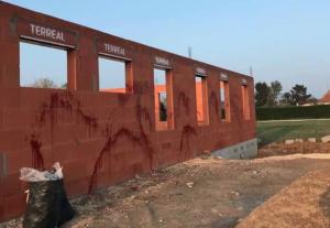 Fransa'da Cami İnşaatına Irkçı Saldırı