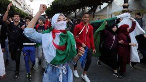 Cezayir Devlet Başkanlığı Seçimleri: Korku ve Travmayı Aşmak