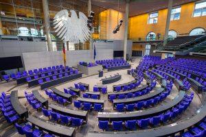 Almanya'da Milletvekili Maaşları 10 Bin 83 Euro'ya Yükseldi
