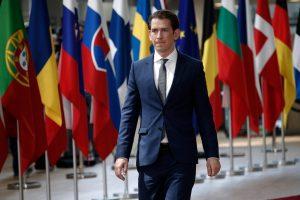 Avusturya'da Yönetim Krizi: FPÖ'lü Bakanlar Toplu Halde İstifa Etti