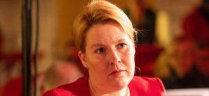 Federal Aile Bakanı Franziska Giffey: Öğrenciler Oruç Tutmamalı