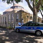 """Almanya'da 3 Camiye Bomba İhbarı: """"Saat 15:45'te Patlayacak"""""""