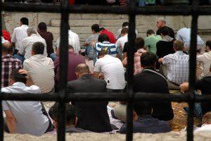 Dünyada Dini Kısıtlamalarda Ciddi Artış: Avrupa İlk Sırada