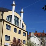 Almanya'da Türk Kökenli Vekilden Çağrı: Camilerde Güvenlik Önlemlerini Artırın
