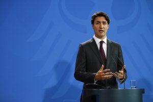 """Kanada Başbakanı Trudeau, """"Irkçı"""" Fotoğraftan Dolayı Özür Diledi"""