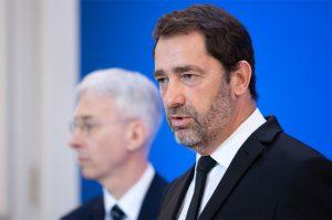 Fransa İçişleri Bakanı Sakal ve Namazı Radikalleşme Belirtisi Saydı