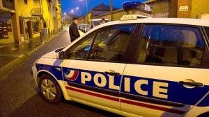 Paris'te Cami Önünde Silahlı Saldırı: 1 Kişi Yaralı