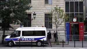 Paris Emniyet Müdürlüğü'nde Bıçaklı Saldırı: 4 Polis Hayatını Kaybetti