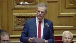 """Fransa'da Senatörden Başörtülü Annelere Çirkin Hakaret: """"Halloween Cadıları"""""""