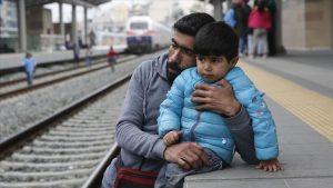 Yunanistan'da Refakatsiz Çocuk Sığınmacı Sayısı 4 bin 779'a Ulaştı