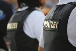 Almanya'da Aşırı Sağcılıkla Suçlanan Polis Sayısı 49'a Yükseldi