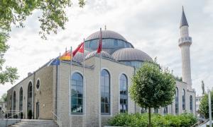 Almanya'da Camilerin Açılması İçin Yol Haritası Hazırlandı